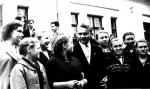 Секретарь ЦК ВЛКСМ С.П. Павлов среди молодых животноводов Рязанской области, 1959 г.