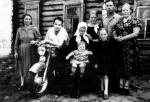 Сельская семья
